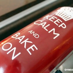 Kitchen Aid Mixer Vinyl Makeover via createcraftlove.com #vinyl #mixermakeover