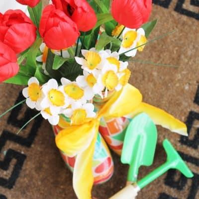 Garden Boot Planter via createcraftlove.com #gardenboot #planter