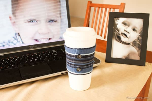 DIY Coffee Sleeve from Dad's Old Shirt from createcraftlove.com for @the36thavenue #fathersday #DIY #upcycle