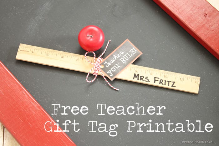 Chalkboard Gift Tag Printable for Teacher's Week via createcraftlove.com #teachersweek #printable #chalkboard