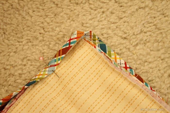 quilt-front-bind-corner1