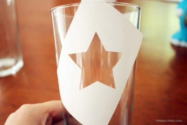 Patriotic Star Glasses for the 36th Avenue from createcraftlove.com #4thofjuly #stars #glasspaint #pointillism