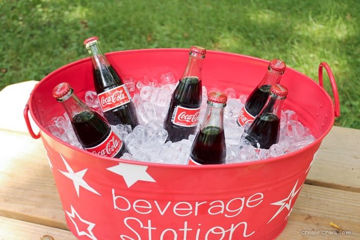 Personalized Vinyl Drink Cooler via createcraftlove.com #vinyl #summer #cookout #personlized