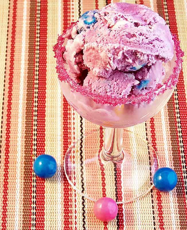 Cravings-of-a-Lunatic-Bubble-Gum-Ice-Cream-5