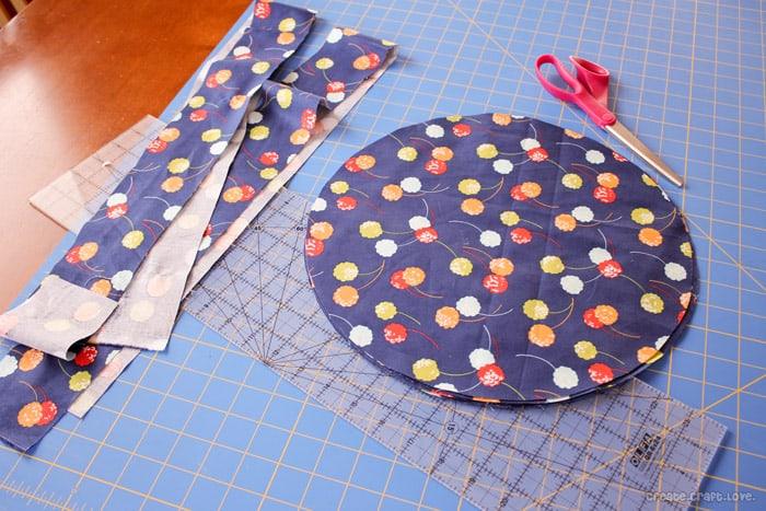 roundcushioncuttingfabric