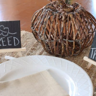 Easy Chalkboard Place Cards
