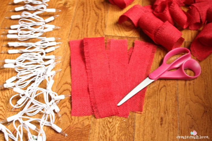 How To Make Burlap Garland - Cut Strips