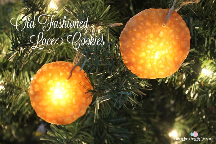 Old Fashioned Lace Cookies - just like Grandma used to make! #cookies #recipes #christmascookies