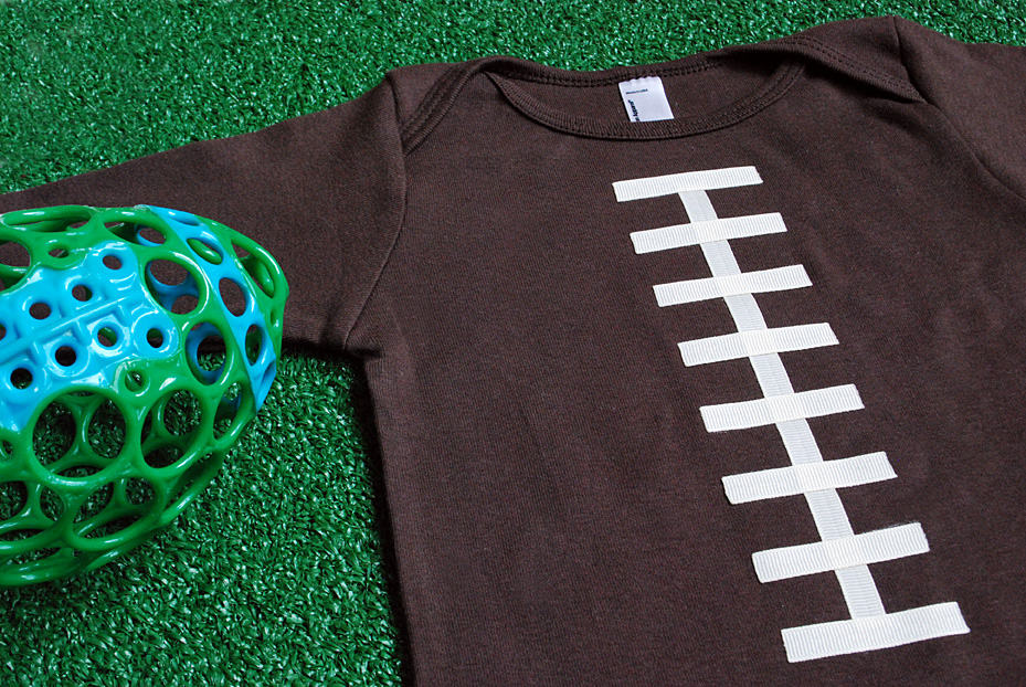 super-bowl-craft-idea-make-a-no-sew-football-t-shirt-or-onesie_3