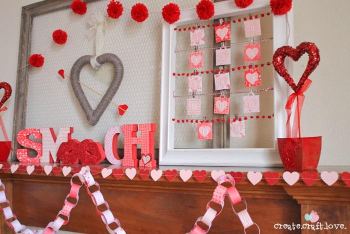 http://www.createcraftlove.com/2012/01/valentines-day-wreath.html