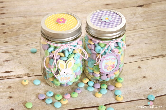 Mason jar easter treat gifts these mason jar easter treat gifts are perfect for easter morning easter masonjargifts negle Image collections