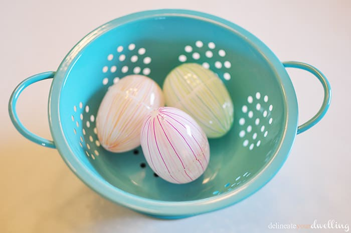6 colorful striped eggs