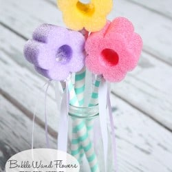 Whip up these Bubble Wand Flowers in minutes for hours of fun! via createcraftlove.com