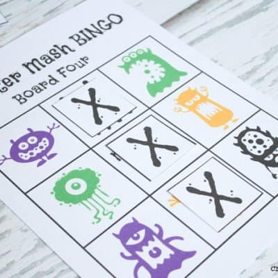 FREE Monster Mash Bingo Printable - perfect for pre-schoolers and daycare! via createcraftlovecom