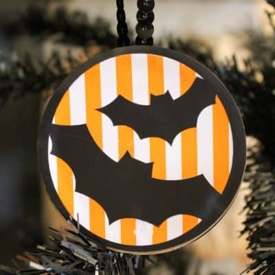 Mason Jar Halloween Ornaments