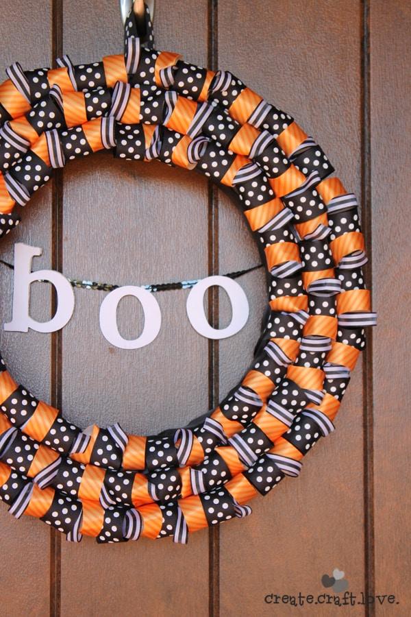 Halloween Ribbon Wreath or The One Where Jill Obviously Didn't Read the Blog Post via createcraftlove.com