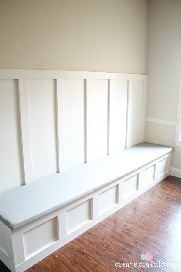 How to Upholster a Banquette Bench via createcraftlove.com