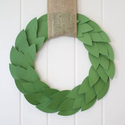 Whip up this Paper Bayleaf Wreath in under 20 minutes! Perfect addition to your Christmas or Holiday Decor! via createcraftlove.com