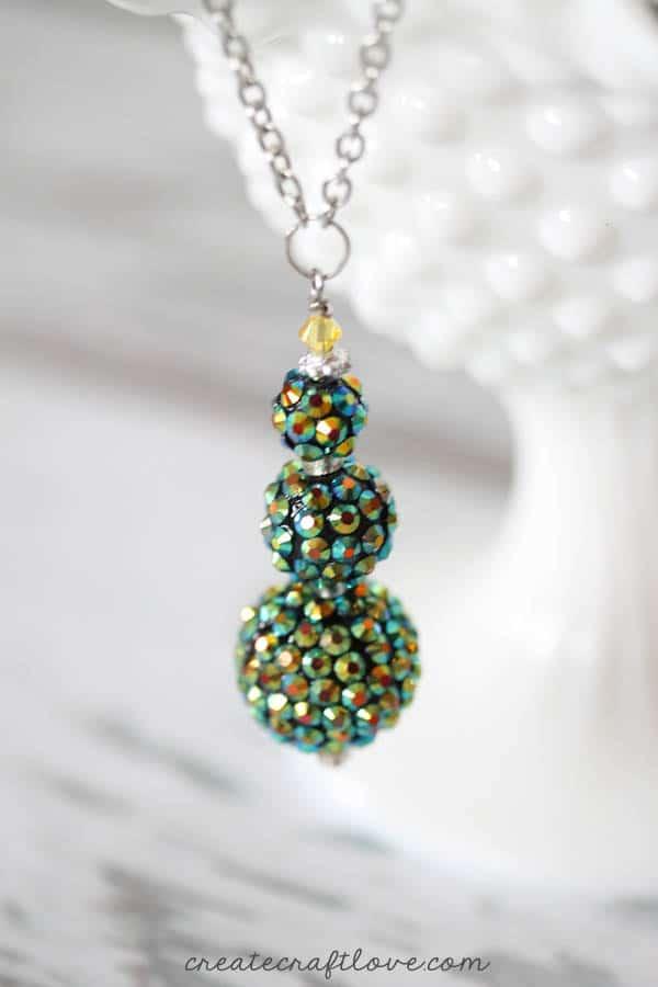 beaded holiday necklace tree