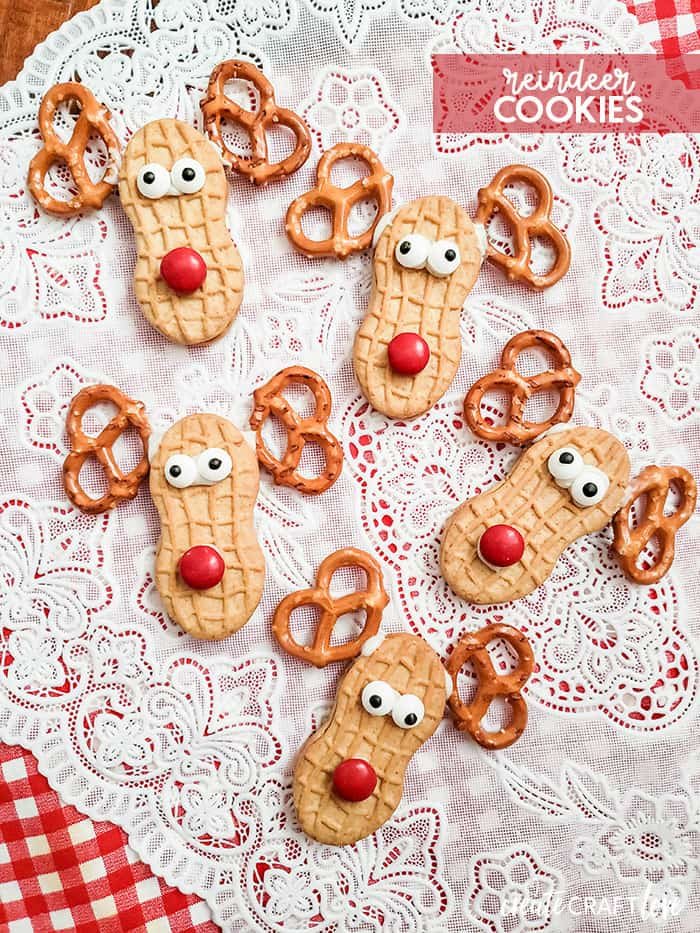 You only need 5 ingredients to make these cute and Easy Reindeer Cookies!