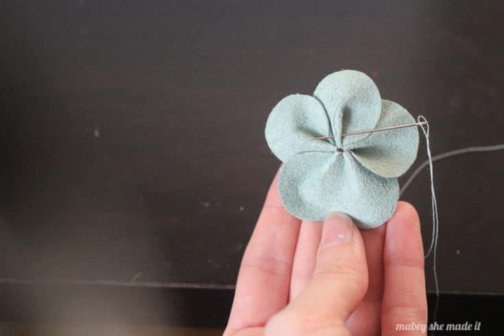 5 petals for suede flower comb