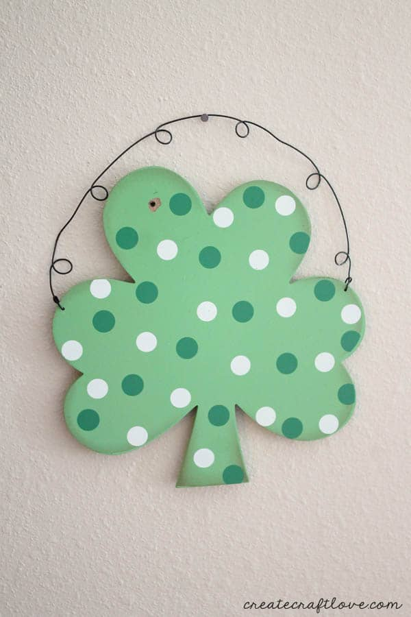 st. patrick's day wall hanging 1