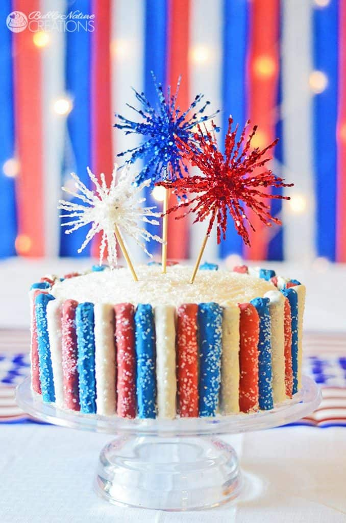 Amazing-4th-of-July-Cake-with-Fireworks-and-Red-White-and-Blue-Sparkle-Pretzels-So-fun1