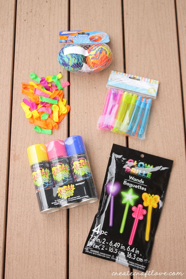 outdoor fun kit supplies