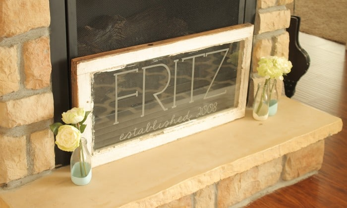 This Glass Etch Vinyl Wall Art was easy and quick to create without the hassle of the etching cream! via createcraftlove.com