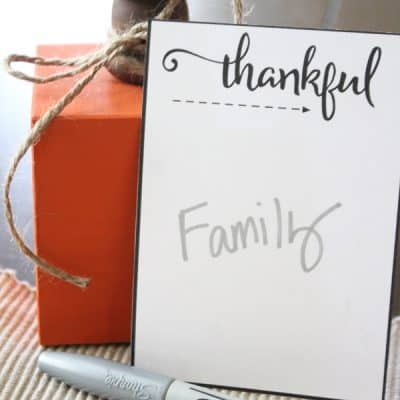 These Thankful Printables are great to set out on the Thanksgiving table to see what everyone is appreciative of today! via createcraftlove.com