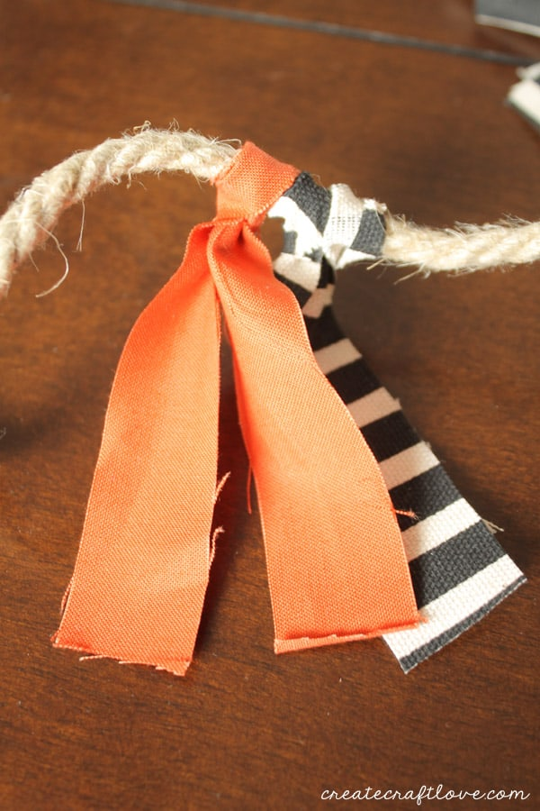 scarppy fabric garland 3