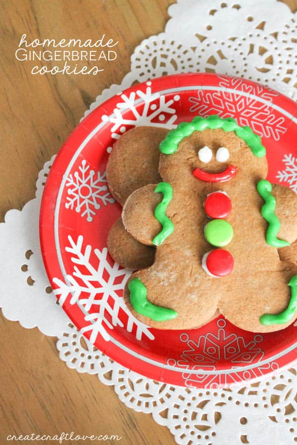 These Gingerbread Cookies turned out great and taste amazing! via createcraftlove.com