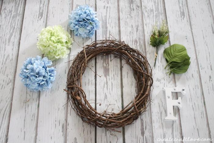 spring hydrangea wreath 1