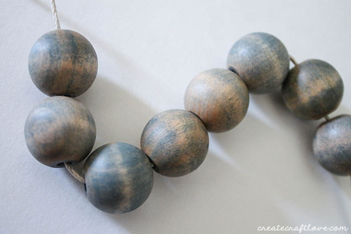 stained wooden bead necklace 5 (1 of 1)