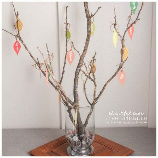 This Thankful Tree with Free Printable is a wonderful way to teach kids to count their blessings!