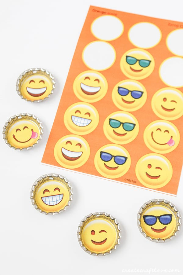 Add emoji stickers to the middle of your drink tags