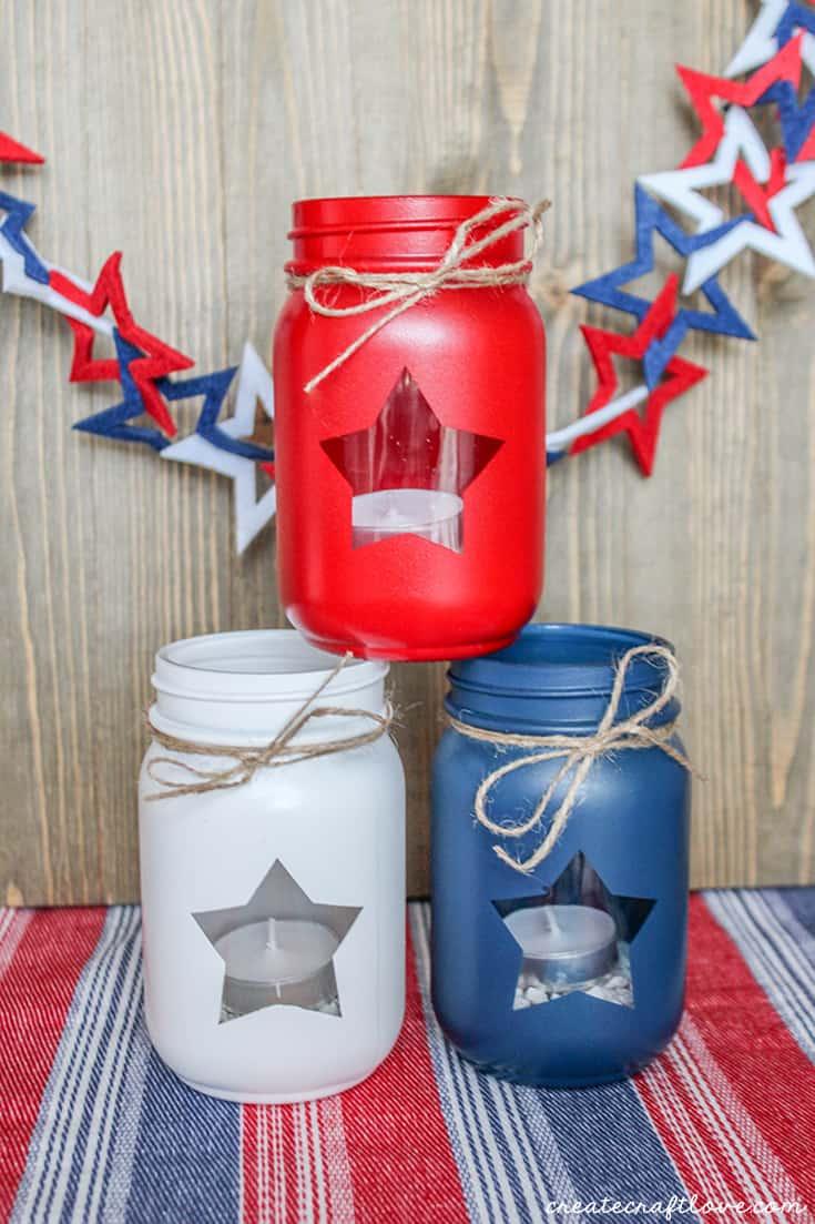 I love how these Patriotic Mason Jar Lanterns look!