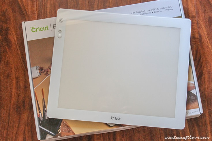 The new Cricut BrightPad is the perfect crafting companion!
