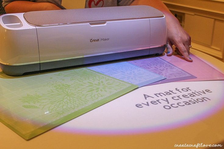 Cricut Maker will come with a fabric mat!