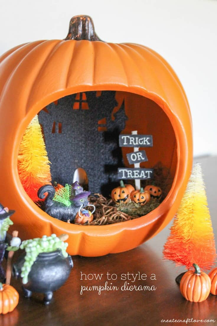 How to style a pumpkin diorama!