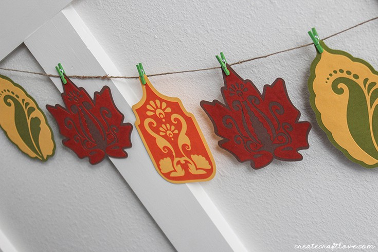 Fall Leaf Garland to add to your fall mantle!