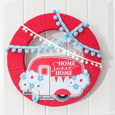 Happy Camper Summer Wreath