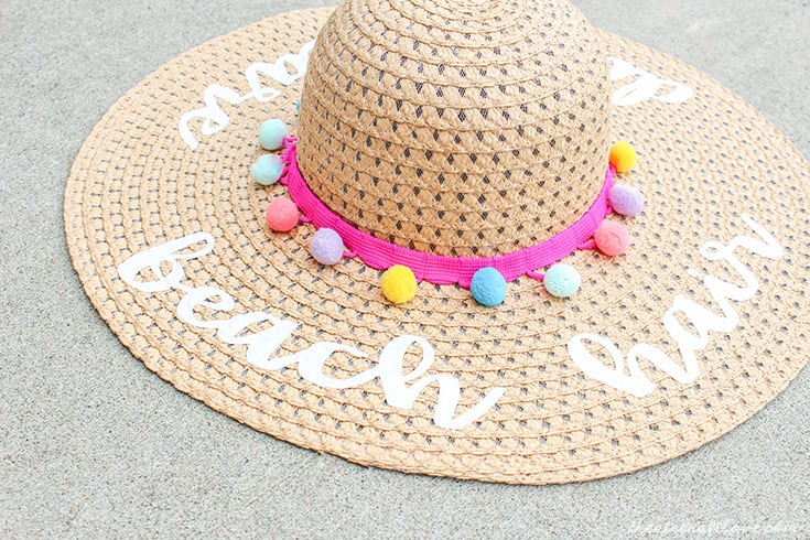 diy beach hat upclose