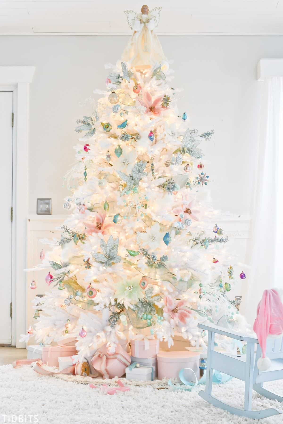How To Decorate Your Christmas Tree Like A Pro Create Craft Love