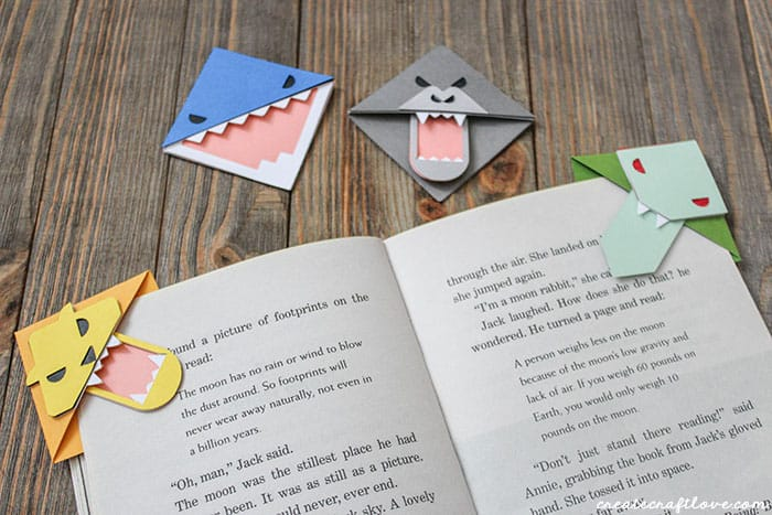 How cute are these Paper Bookmark Animals?!