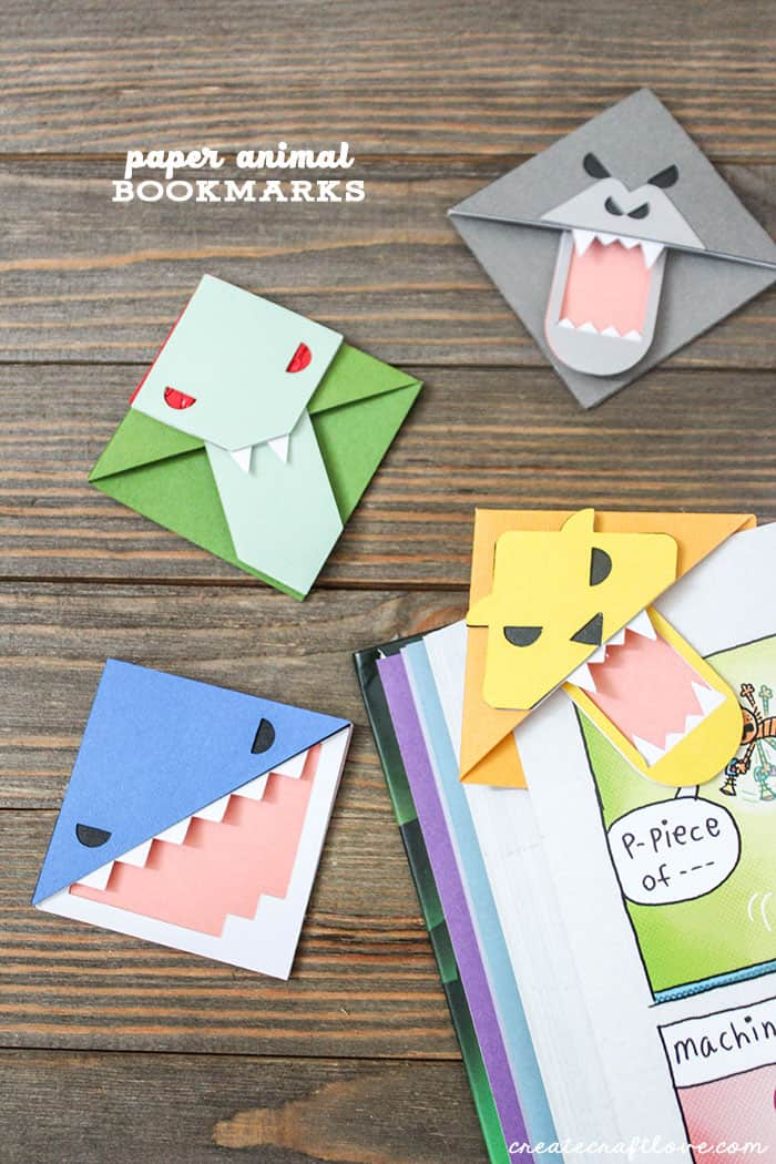 Get your kids excited about reading with these Paper Animal Bookmarks using the Single Cricut Scoring Wheel!