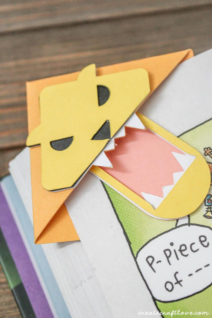 Encourage reading with these Paper Animal Bookmarks!