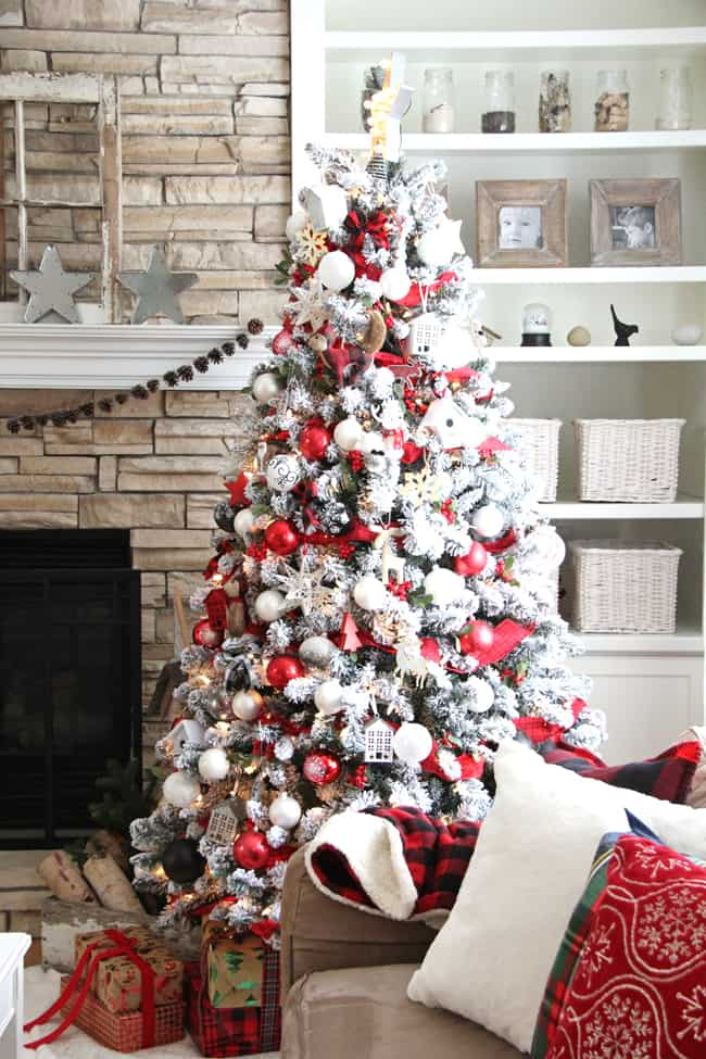 How to Decorate Your Christmas Tree Like a Pro - Create ...