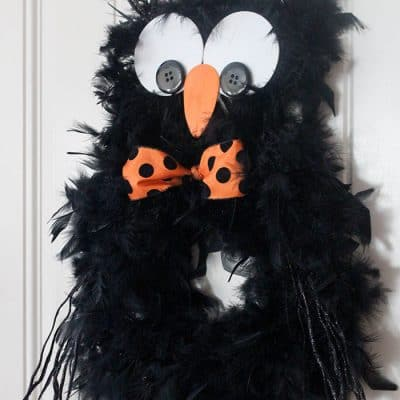 Super cute Halloween Owl Wreath!