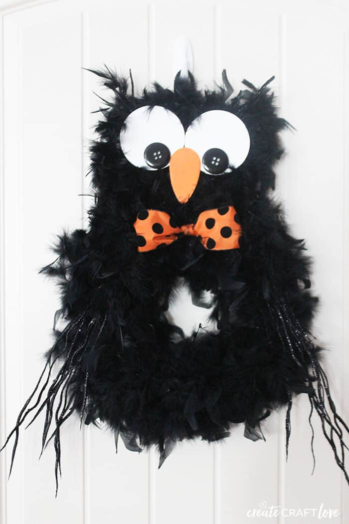 How Cute Is This Halloween Owl Wreath